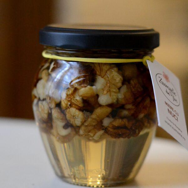 miere cu nuci zumzete