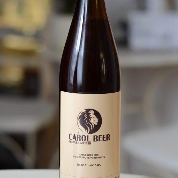 Carol Beer blonda